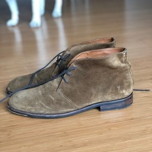 FRYE Men's 10 M Brown Genuine Suede Chukka Boots